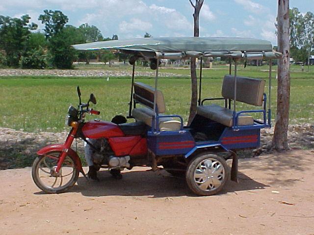 external image tuktuk.jpg