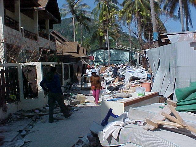 Koh Phi Phi Tsunami Video The Koh Phi Phi Tsunami