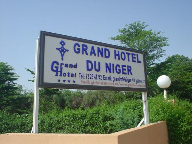 Grand Hotel Du Niger Contact