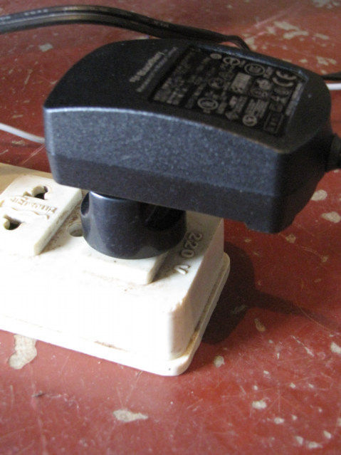 Plug Falls Out Of Outlet Travel Tip