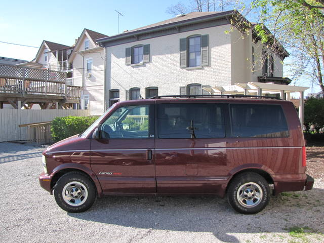 i purchased a van on craigslist for a usa road trip and got a better deal live abroad. Black Bedroom Furniture Sets. Home Design Ideas