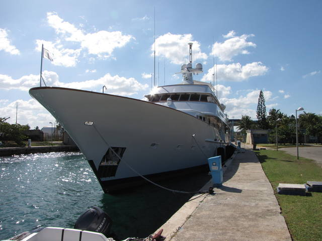 Front view of the yacht