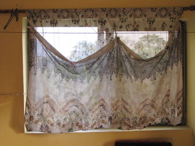 Fold or doubled up Curtain