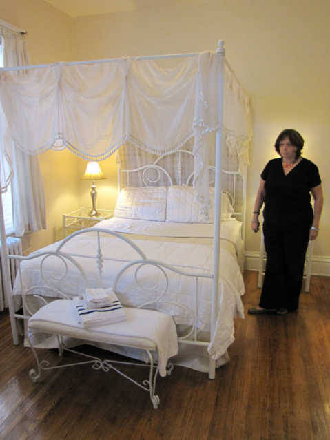 LaSalle Bed Rooms